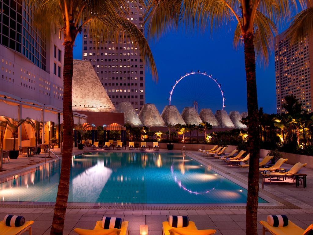 هتل کنراد کنتیننتال سنگاپور