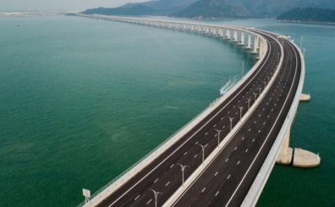 طولانی ترین پل دریایی جهان